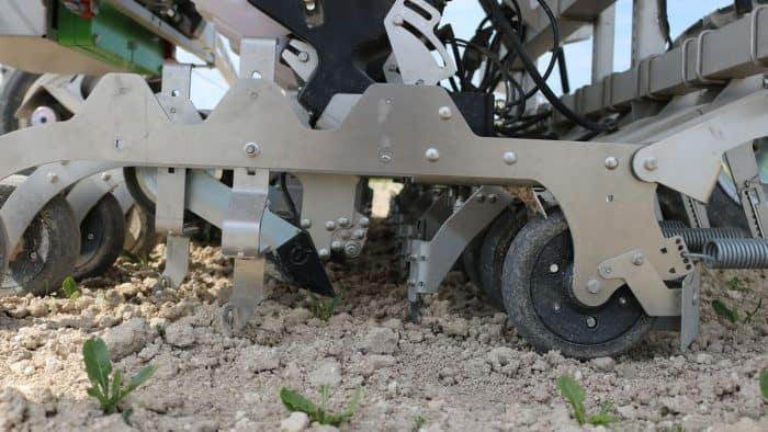 caractéristiques robot FarmDroid FD20