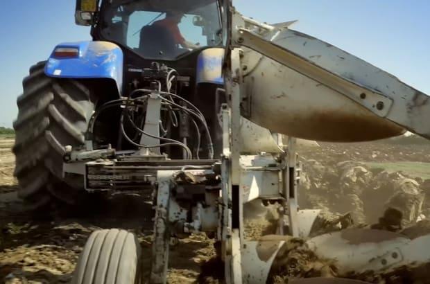 Pneus VF BKT sur tracteur