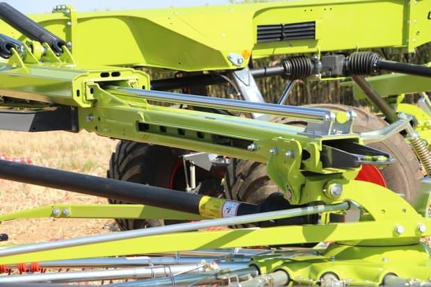 andaineur Claas Liner 4 rotors
